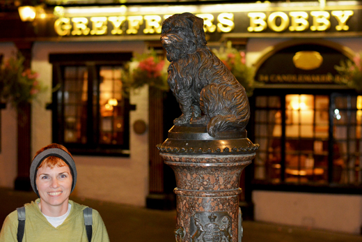 Anne with the statue of Greyfriars Bobby