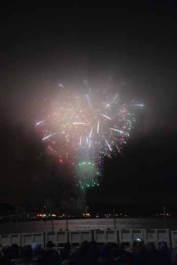 grand finale, Point Richmond's fireworks on the Bay
